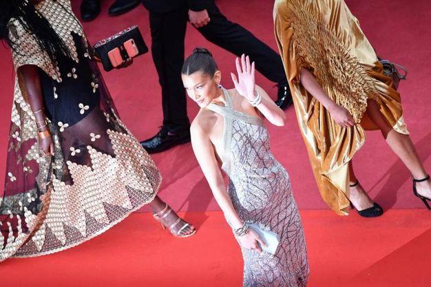 Bella Hadid al Festival di Cannes (Lapresse)