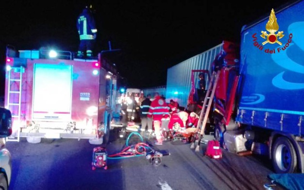Incidente in A14 tra i caselli di Ancona e Loreto