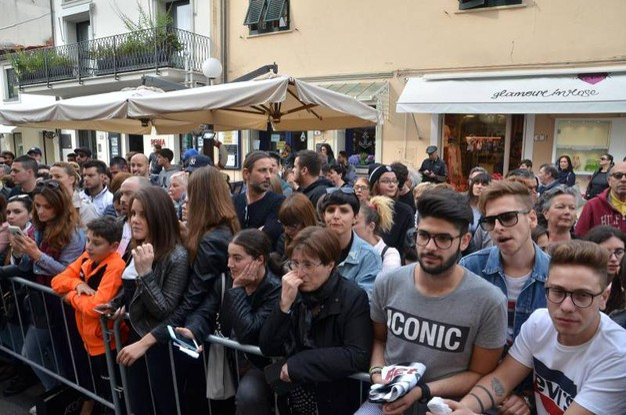 Del Piero a Forte dei Marmi: i tifosi (Foto Umicini)