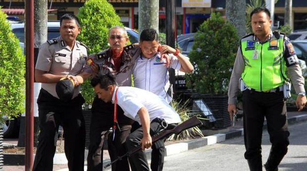 Attacco a commissariato di Sumatra (Ansa)