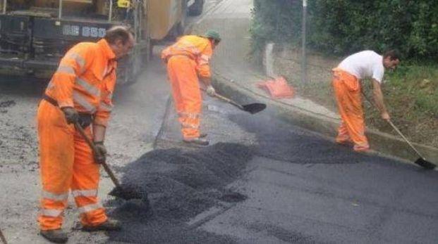 Lavori di manutenzione stradale