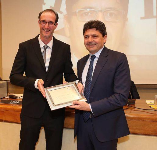 Il premio a Ugo Ciarlatani (Fotoprint)