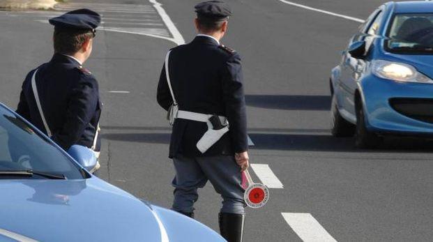 Nelle ultime due settimane la Polizia stradale ha proceduto al fermo di sette auto