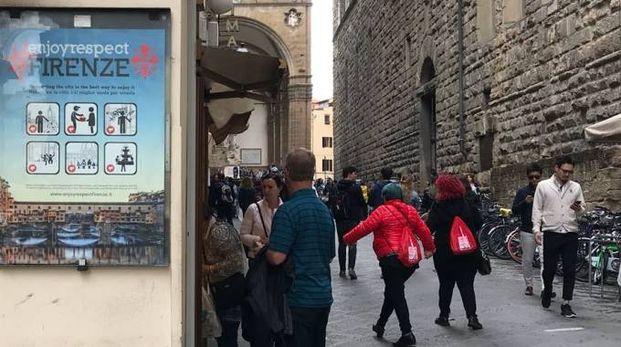Parte la campagna per il buon comportamento del turista