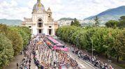 La partenza della tappa da Assisi