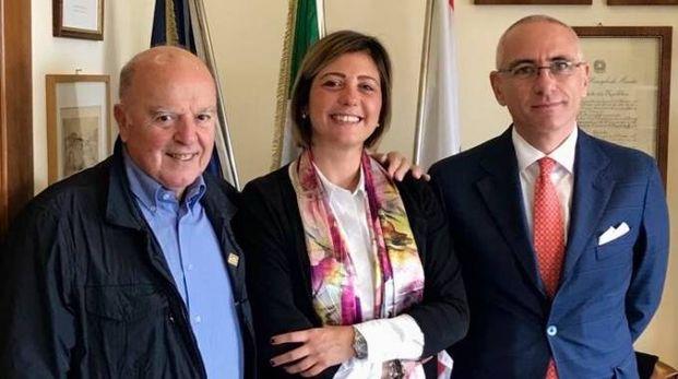 La sindaca Giulia Deidda con Paolo Parrini (a sinistra) e Filippo Dami