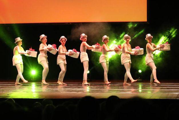 Un balletto della Dance Accademy di Tiziana Aghemo (Fotoprint)
