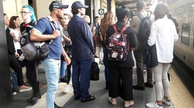 Treno in stazione a Pregnana