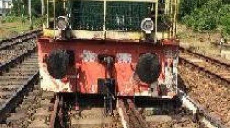 DI TRAVERSO Il locomotore sviato in corrispondenza di uno scambio