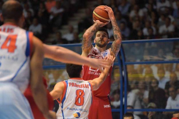 Cantù-Milano, gara 3 dei quarti di finale (Lapresse)