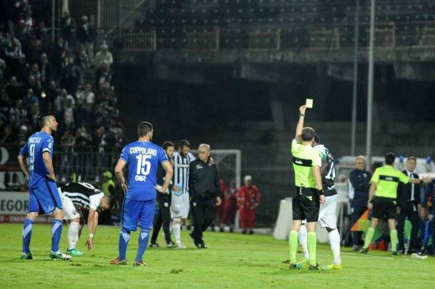 Ascoli-Brescia, l'agonismo e i falli non sono mancati (foto Labolognese)