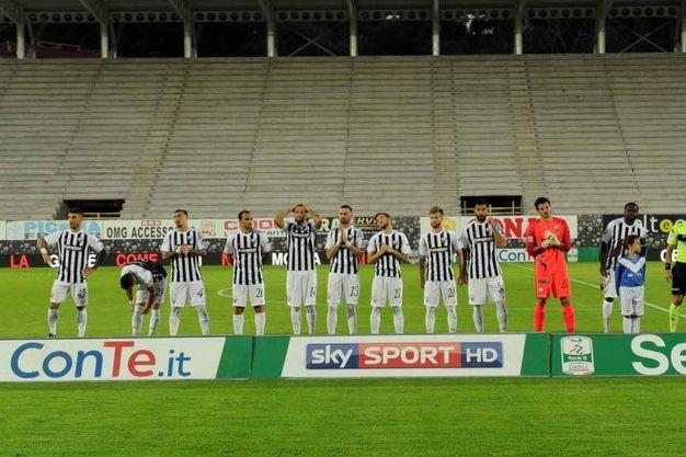 La squadra dell'Ascoli (foto Labolognese)