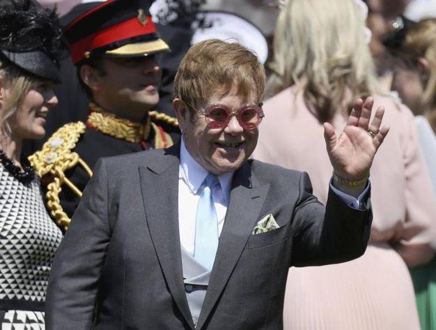 Elton John 10 (per simpatia e bravura)