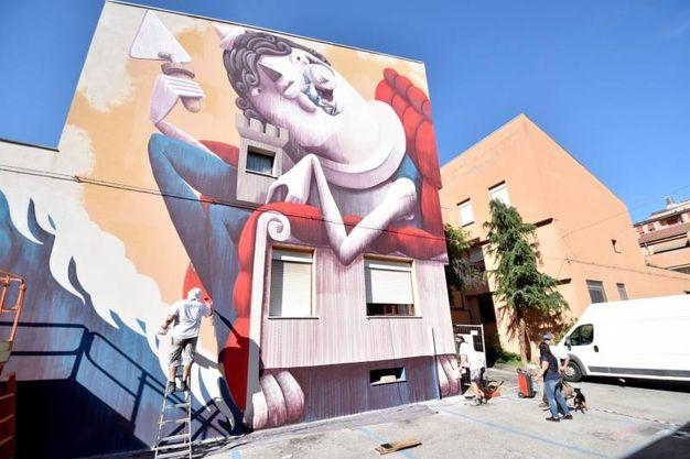 Il murale di Zed1 in via Nullo (foto Fantini)