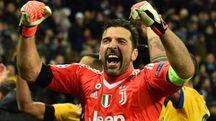 Gigi Buffon è al bivio: smettere o continuare con un'altra maglia?