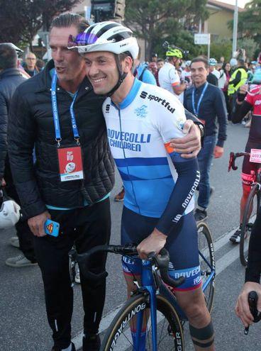 Ivan Basso al fianco di Mario Cipollini (Foto Ravaglia)