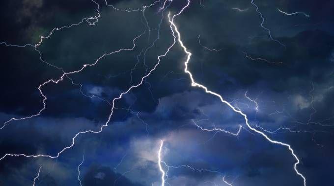 Previsioni meteo, tre giorni di piogge e temporali (foto iStock)
