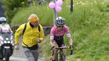 Giro d'Italia 2018, Simon Yates cala il tris (Lapresse)
