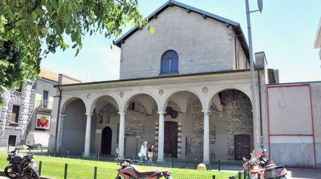 I portici del tempio sconsacrato di San Francesco