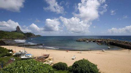 Uno scorcio dell'isola Fernando de Noronha (Ansa)
