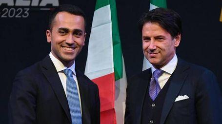 Giuseppe Conte con Luigi Di Maio (Ansa)
