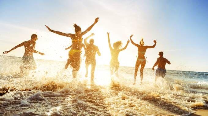 Previsioni meteo, nel fine settimana arriva il caldo (foto iStock)
