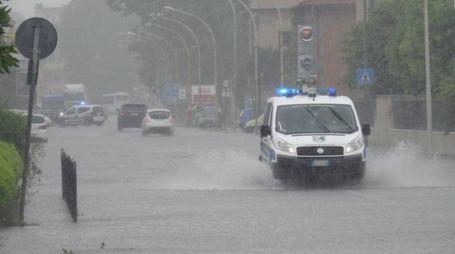 Via Carlo Pisacane allagata
