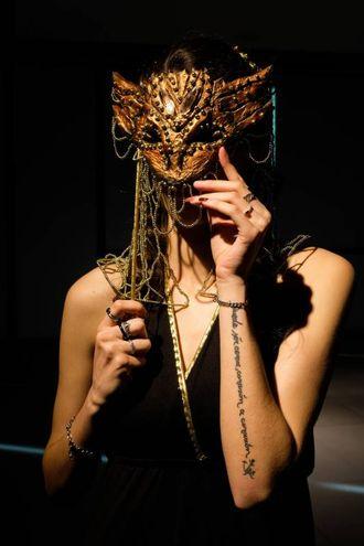 Uno dei modelli alla sfilata (foto Schicchi)