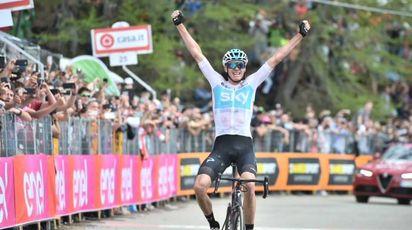 Giro d'Italia 2018, Chris Froome trionfa a Bardonecchia (Lapresse)