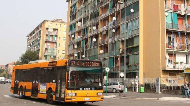 Una foto d'archivio del quartiere di Quarto Oggiaro a Milano (Newpress)