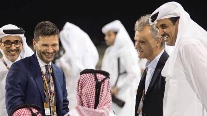 Pasquale Salzano con l'emiro del Qatar