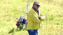 Luca Branchi nel luogo in cui è stato trovato  il corpo di Willy