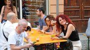 Alcuni soddisfatti ospiti di 'Stuzzicagente' (FotoFiocchi)