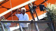 Beppe Grillo segue le celebrazioni dall'hotel (LaPresse)