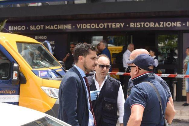 Le indagini (foto De Marco)