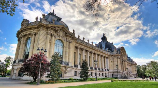 Il Petit Palais di Parigi ospita una collezione d'arte gratuita - Foto: dennisvdw/iStock