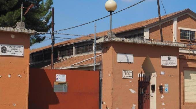 L'ex caserma 'San Felice' (Foto Ansa)