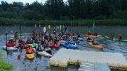 La selva di canoe arrivate sul Reno per la 'Paddle 5.30' (FotoSchicchi)