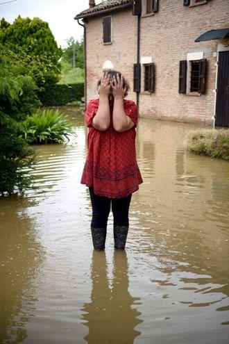La disperazione degli abitanti (foto Businesspress)