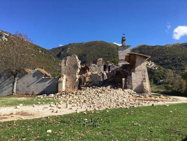 La chiesa di San Salvatore dopo le scosse del 2016
