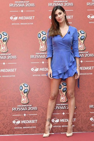 Belen Rodriguez fotografata in occasione della conferenza stampa Mediaset per la presentazione dell'offerta televisiva Mondiali Russia 2018 (Ansa)