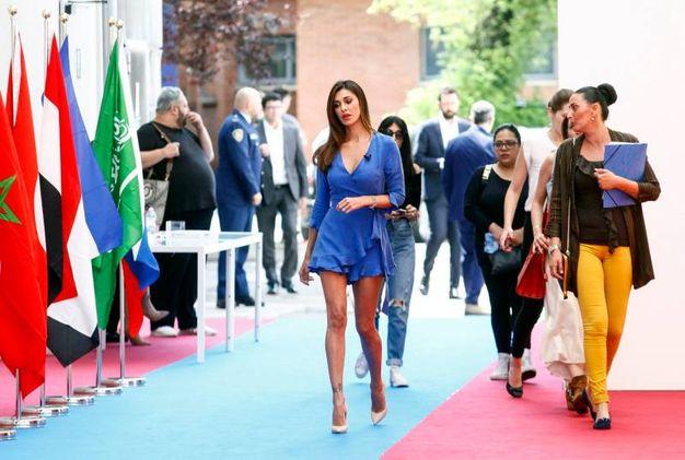 Belen Rodriguez fotografata in occasione della conferenza stampa Mediaset per la presentazione dell'offerta televisiva Mondiali Russia 2018  (LaPresse)