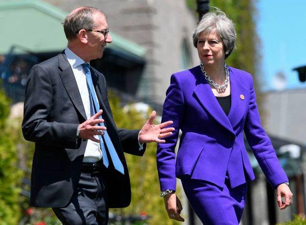Theresa May col marito Philip (LaPresse)