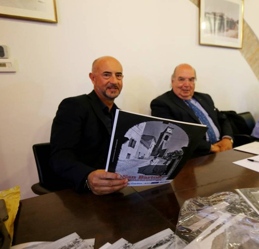 Gilberto Tinti, dirigente di Heracomm (a sinistra), con il presidente della Bcc di Gradara Fausto Caldari