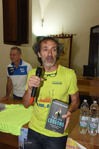 La presentazione del libro di Fulvio Massini (foto Regalami un sorriso onlus)