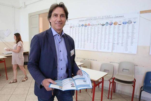 Siena, il candidato sindaco David Chiti (Ansa)