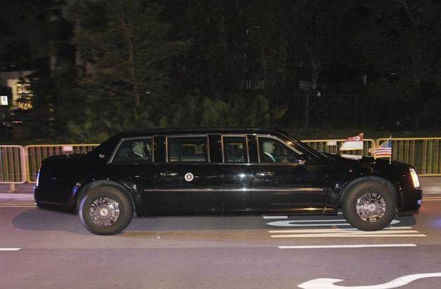 Limousine presidenziale (Ansa Ap)