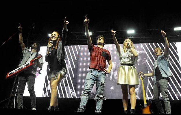 Maggie, Bianca, Eduard, Jacques e Quinn