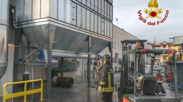 Incendio in un'azienda a Pozzo d'Adda