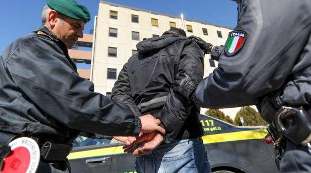 Un tunisino di 28 anni è stato arrestato in stazione dalla guardia di finanza (foto d'archivio)